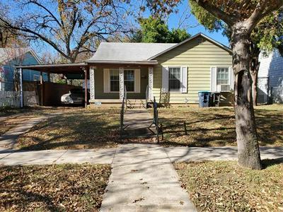 1125 N CHANDLER DR, Fort Worth, TX 76111 - Photo 1