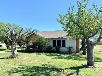 122 SUNSET BLVD, Breckenridge, TX 76424 - Photo 1