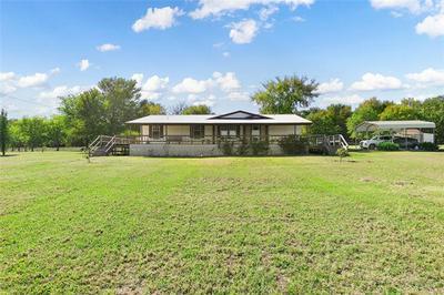 1535 TWIN OAK LN, Wills Point, TX 75169 - Photo 1