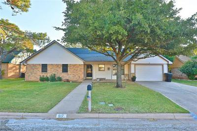 817 CHANTICLEERS LN, Abilene, TX 79602 - Photo 2