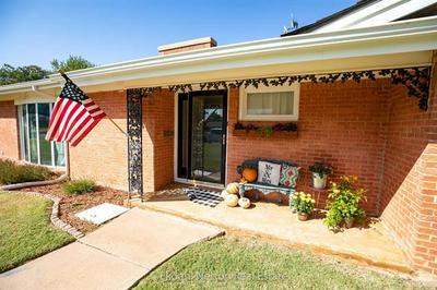 1413 HUDSON RD, Stamford, TX 79553 - Photo 2
