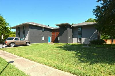 826 S TRAVIS ST, Sherman, TX 75090 - Photo 2