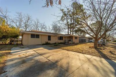 413 N LYDIA ST, Stephenville, TX 76401 - Photo 1