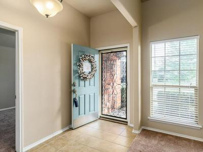 112 HOLLY ST, WAXAHACHIE, TX 75165 - Photo 2