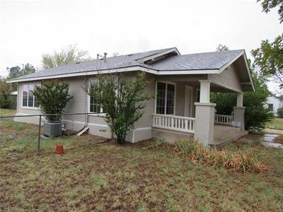 1820 AVENUE L, Anson, TX 79501 - Photo 1