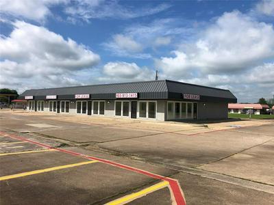 430 S HILLCREST DR, Sulphur Springs, TX 75482 - Photo 1