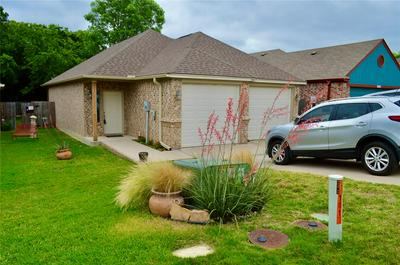 1017 STORY BOOK LN, Weatherford, TX 76086 - Photo 1
