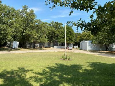 300 PAWNEE DR, Gordonville, TX 76245 - Photo 1