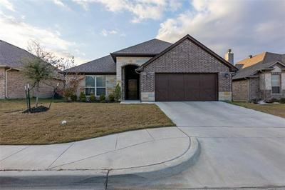1629 TOWN CREEK CIR, Weatherford, TX 76086 - Photo 1