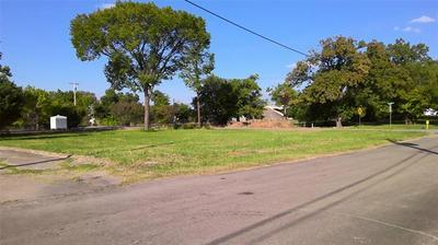 2706 MORSE ST, Greenville, TX 75401 - Photo 2