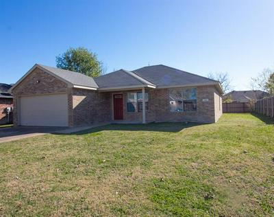 800 PHILLIPS CIR, Kaufman, TX 75142 - Photo 1