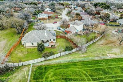 2000 LONGMEADOW CT, DENTON, TX 76209 - Photo 2