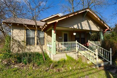 401 SUMMITT ST, FARMERSVILLE, TX 75442 - Photo 1