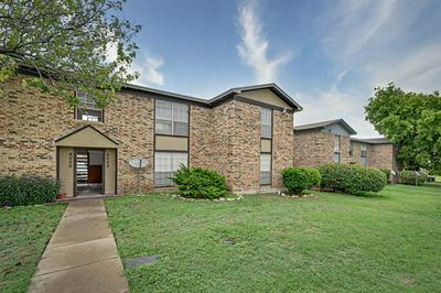 8002 CAMBRIDGE CIR APT B, White Settlement, TX 76108 - Photo 2