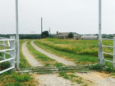 574 MARLOW RD, Bells, TX 75414 - Photo 2