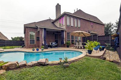 6816 FOGHORN LN, Grand Prairie, TX 75054 - Photo 2