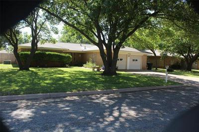 3225 PHEASANT DR, Abilene, TX 79606 - Photo 2