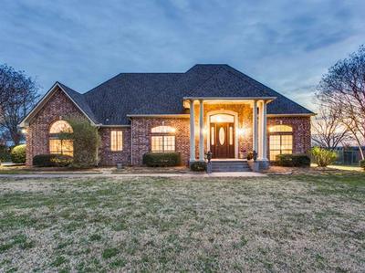 3108 BRIARCLIFF CIR, Gainesville, TX 76240 - Photo 1
