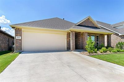 5837 MELVILLE LN, Forney, TX 75126 - Photo 2