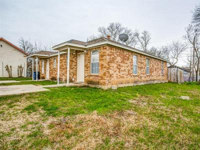 2912 AVENUE K, Fort Worth, TX 76105 - Photo 2