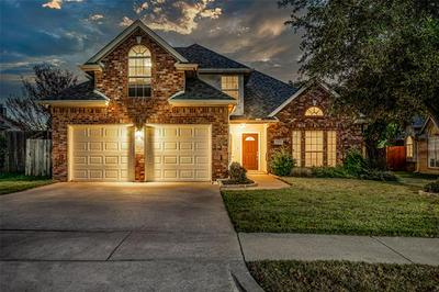 2708 WILLOW CREEK CT, Bedford, TX 76021 - Photo 1