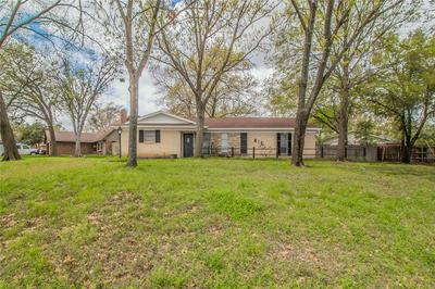 815 S ATKERSON LN, EULESS, TX 76040 - Photo 2