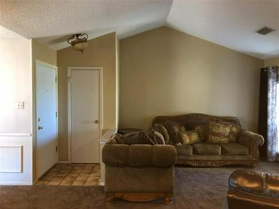 1402 WESTHEIMER RD APT 324, Abilene, TX 79601 - Photo 2