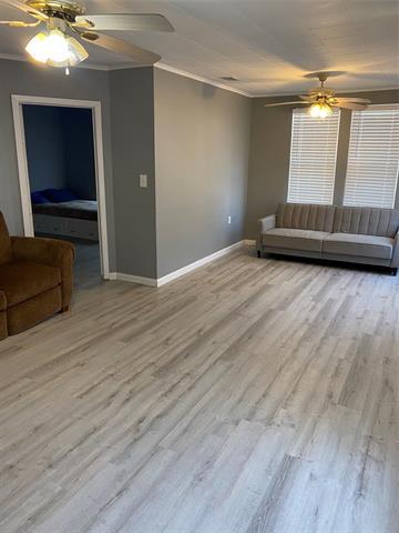 604 W PLUMMER ST, Eastland, TX 76448 - Photo 2