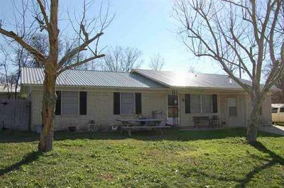1611 4TH ST, Goldthwaite, TX 76844 - Photo 1