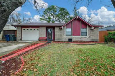 326 CLOVER LN, Garland, TX 75043 - Photo 2