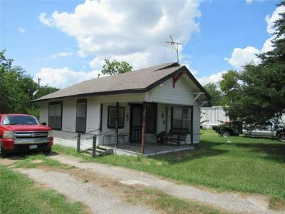 106 S 8TH ST, Celeste, TX 75423 - Photo 1