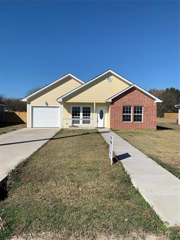 306 CLARK ST, Hillsboro, TX 76645 - Photo 1