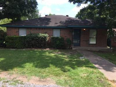 210 W TUTT ST, Howe, TX 75459 - Photo 1