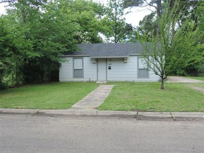 1401 CEDAR ST, Paris, TX 75460 - Photo 1