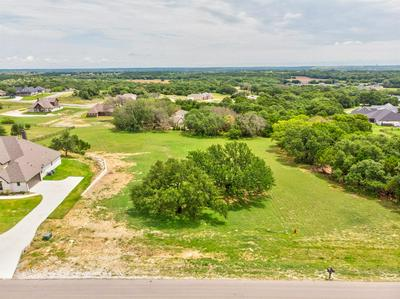 162 HELTON, Granbury, TX 76049 - Photo 1