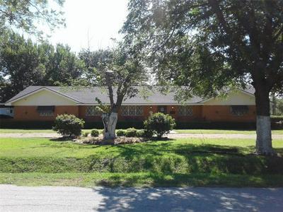 6916 MEADOW CREEK RD, North Richland Hills, TX 76182 - Photo 1