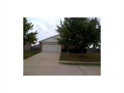 236 STANFORD DR, Glenn Heights, TX 75154 - Photo 1