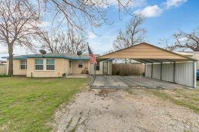 201 BLANTON ST, CHICO, TX 76431 - Photo 2
