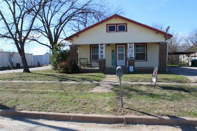812 S CONCHO ST, COLEMAN, TX 76834 - Photo 1