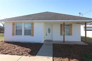 513 N SNYDER AVE, Justin, TX 76247 - Photo 1