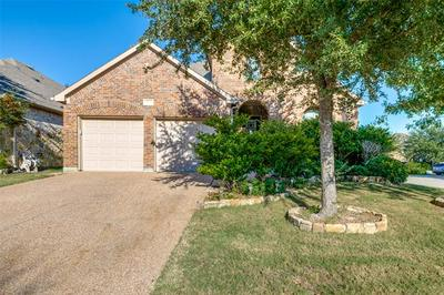 7072 BETHLEHEM DR, Grand Prairie, TX 75054 - Photo 2