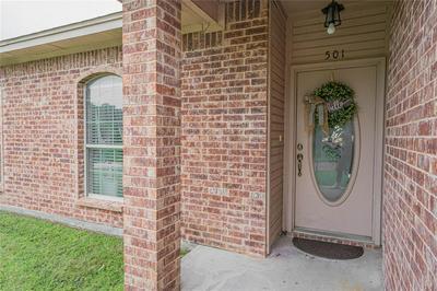 501 W CARPENTER ST, Decatur, TX 76234 - Photo 2