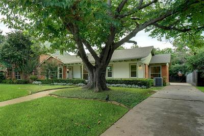 3740 W BIDDISON ST, Fort Worth, TX 76109 - Photo 2