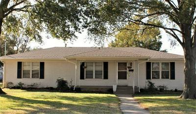 727 WHITE ST, Whitesboro, TX 76273 - Photo 1