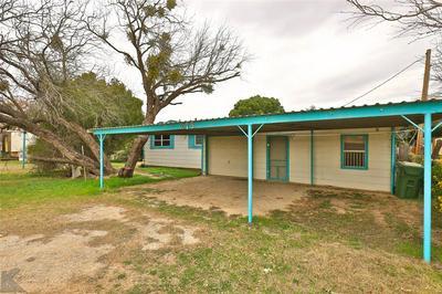 215 AIR BASE RD, Tye, TX 79563 - Photo 1