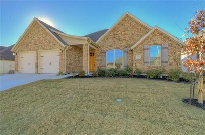 305 BLUFFSIDE TRL, Benbrook, TX 76126 - Photo 1