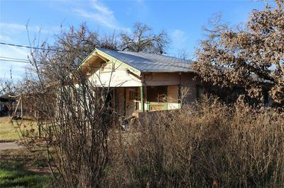 1503 S SEAMAN ST, Eastland, TX 76448 - Photo 2