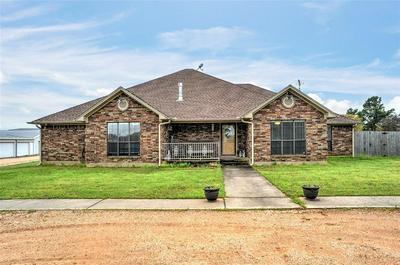 570 SHAWNEE TRL, WHITESBORO, TX 76273 - Photo 1