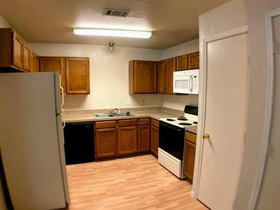 2738 SUNSET STRIP AVE, Glenn Heights, TX 75154 - Photo 2