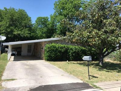 503 E GRAND AVE, COMANCHE, TX 76442 - Photo 1